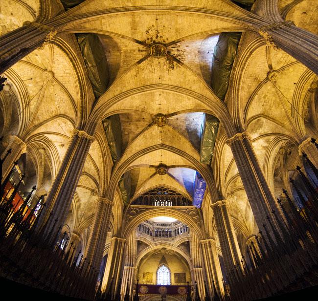 B vedas de la catedral de barcelona fotografiadas desde la for Catedral de barcelona interior