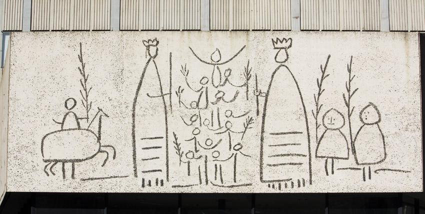 Friso de los gigantes fachada del colegio de arquitectos - Colegio arquitectos barcelona ...