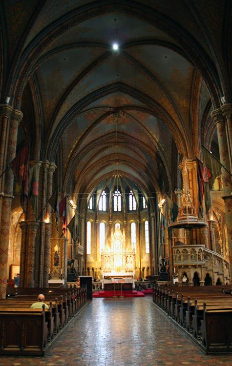 Interior de la Iglesia de Matías, Budapest