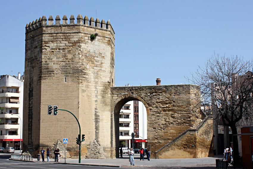 Башня Мальмуэрта (Torre de la Malmuerta) - достопримечательности Кордовы (Cordoba), что посмотреть в Кордове, путеводитель по Кордове, туристические маршурты экскурсия Кордова Андалусия Испания