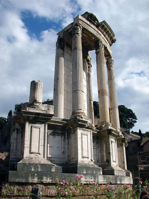 Foro Romano. Templo de Vesta